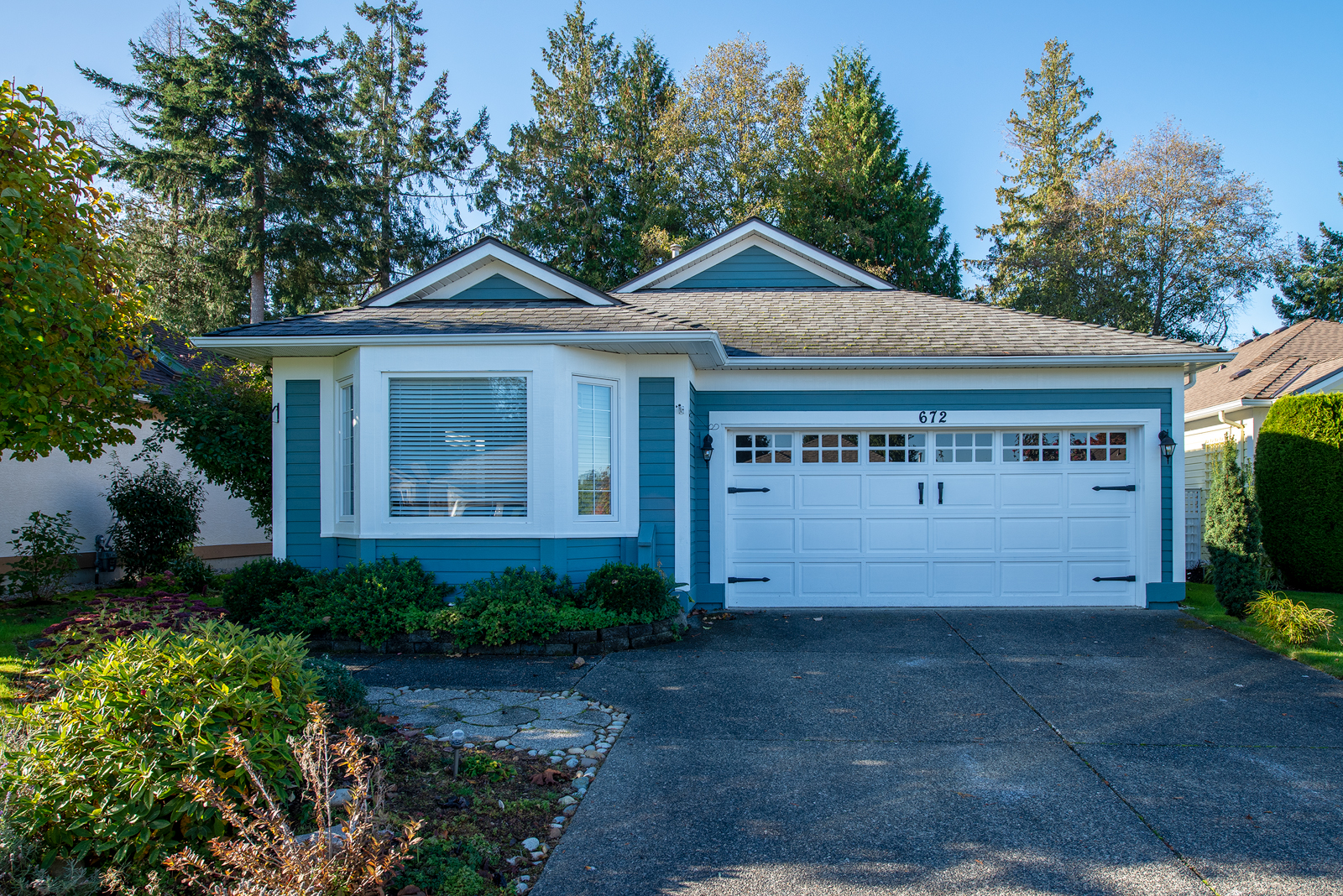 SOLD - #672 Windward Way, Qualicum Beach, British Columbia